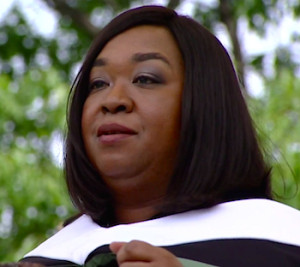 shonda-rhimes-dartmouth-commencement-feat